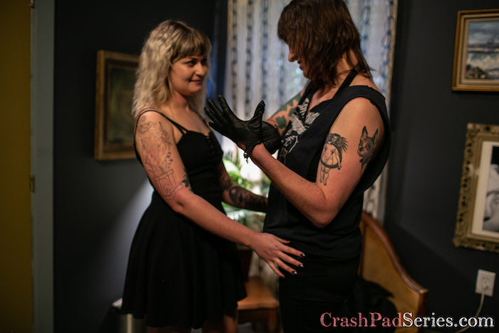 Crash Pad Episode 283: Emma Claire and Lilian Rose