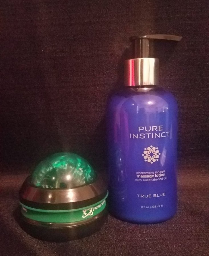 Pure Instinct True Blue-Pheromone Massage and Body Lotion Review
